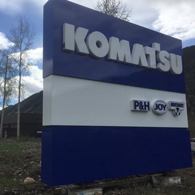 Komatsu sign.