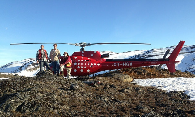 A VTEM Plus helicopter time domain electromagnetic (TDEM) survey program helped North American Nickel crews identify 50 conductive zones at the Maniitsoq project in Greenland.