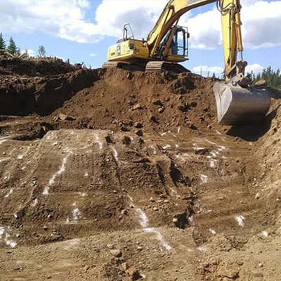 Rogue Resource equipment at work on another one of the company's projects in Northern Ontario