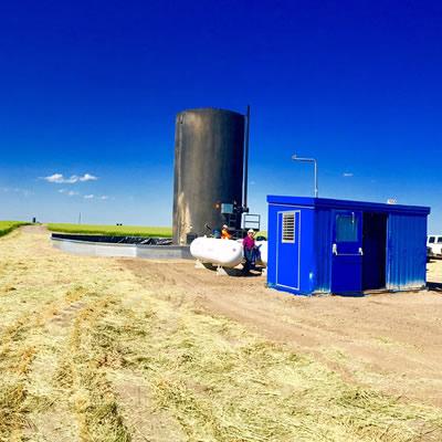 Picture of grain silo.