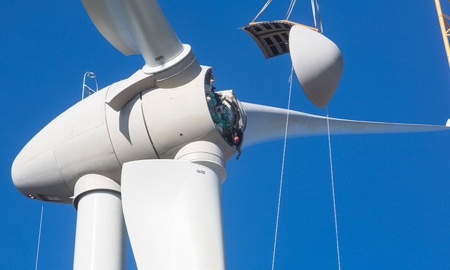 Assembling the hub of one of the turbines.