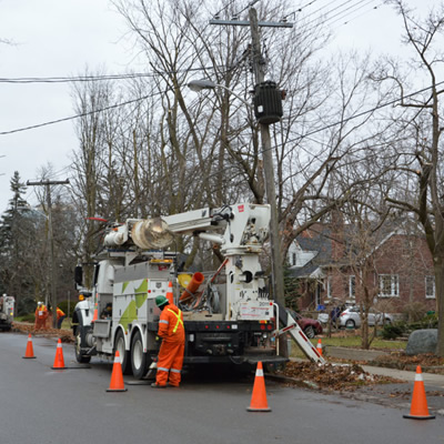 Alectra crews working to upgrade infrastructure for homes and business in Brampton.