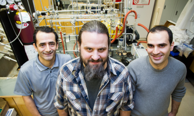 The team of chemists, from left to right: Loghman Moradi, Stephen Foley, and Hiwa Salimi.