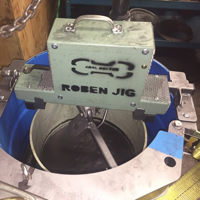 The photo shows the Roben Jig, with a cylinder that