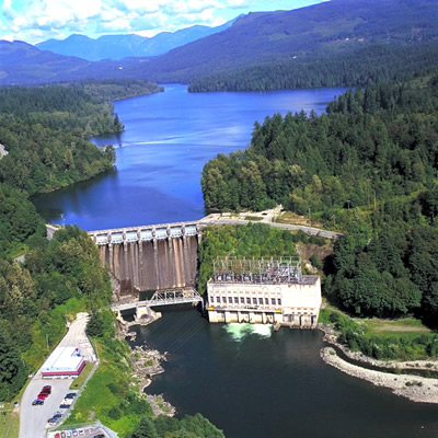 An aerial shot of the Ruskin Dam and Powerhouse before the upgrade project started.